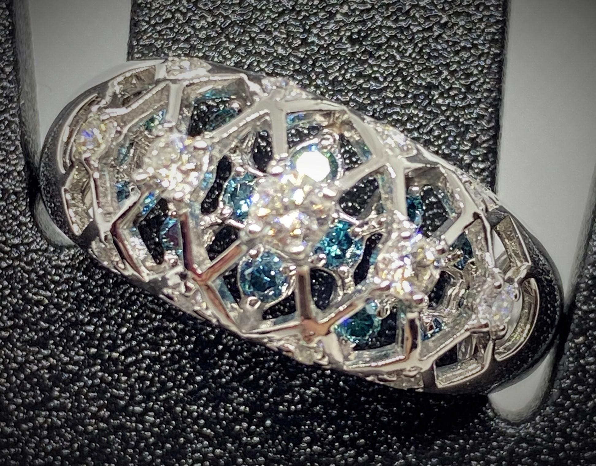 WP-3178 PT900 ブルーダイヤモンド(トリート)ダイヤモンドリング